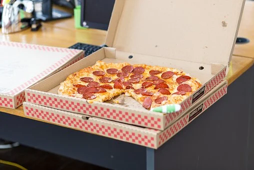 Pizzabakker kan indeholde fluorstoffer